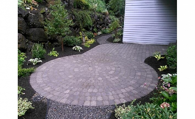 Juan sends this phone pic of his progress on a Mercer Island patio area. This is a fitted