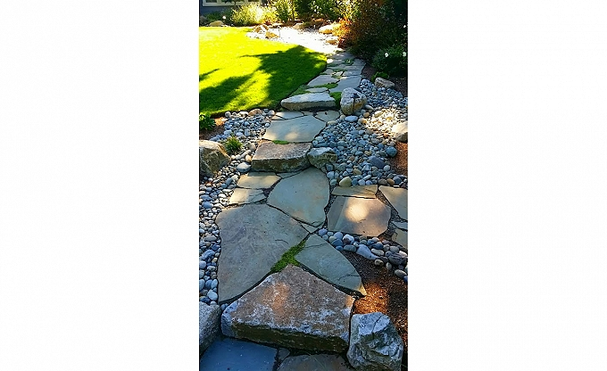 Penn bluestone path and granite steps, infilled with mixed Irish & Scotch mosses